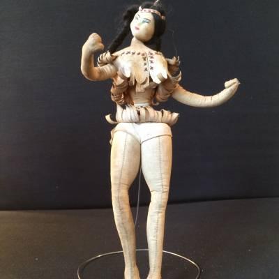 poupée indienne années 50