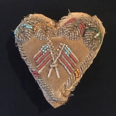 porte epingles iroquois beadwork